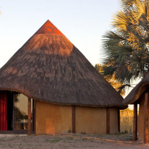 Ongula Homestead Lodge huts